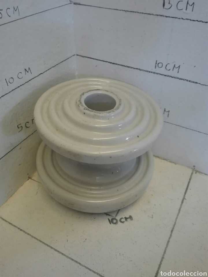 Antigüedades: Dos jicaras de luz aislantes de porcelana - Foto 5 - 97842604