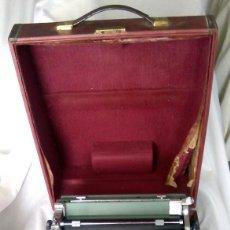 Antigüedades: MÁQUINA DE ESCRIBIR OLIVETTI STUDIO 44. Lote 142955637