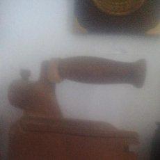 Antigüedades: PLANCHA DE CARBON ANTIGUA. Lote 98000555