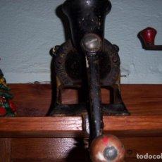 Antigüedades: MOLINILLO DE CAFE INGLES. Lote 98001795