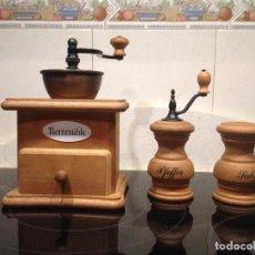 Antigüedades: MOLINO MOLINILLO DE CAFE Y GRANO, MOLINO DE PIMIENTA Y SALERO FIRMA ALEMANA ZASSENHAUS. Lote 98091119