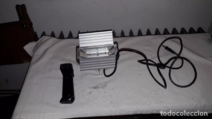 Antigüedades: PROYECTOR SUPER 8 EUMIG MARK-8 + FOCO - Foto 2 - 98131291