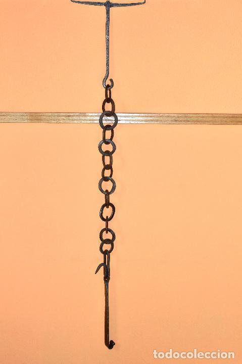 CADENA DE HERRERO O LLAR CON FILIGRANAS MUY ANTIGUO DE 120 CM DE LARGO (Antigüedades - Técnicas - Cerrajería y Forja - Varios Cerrajería y Forja Antigua)