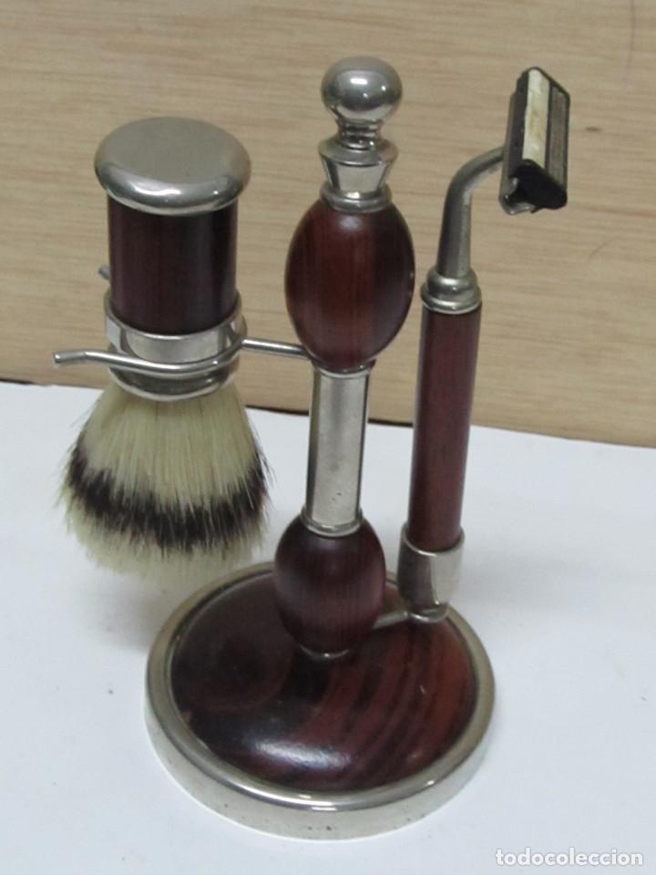 JUEGO DE UTENSILIOS DE BARBERO (Antigüedades - Técnicas - Barbería - Varios Barbería Antiguas)