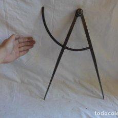 Antigüedades: * ANTIGUA GRAN HERRAMIENTA TIPO COMPAS, ORIGINAL. ZX. Lote 110275840