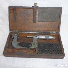 Antigüedades: * ANTIGUA HERRAMIENTA CALIBRE MICROMETRO PARA DIAMETROS, CALIBRADOR, EN SU CAJA ORIGINAL. ZX. Lote 98709455