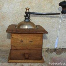 Antigüedades: MOLINILLO DE CAFÉ MADERA Y METAL. PEUGEOT FRERES.. C 1920. FRANCIA. Lote 98802339