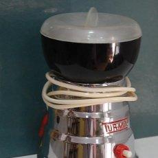 Antigüedades: MOLINILLO DE CAFE TURMIX FUNCIONANDO. Lote 98812599