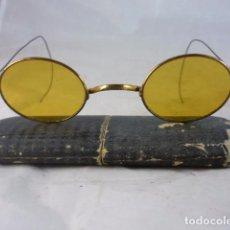 Antigüedades: GAFAS SOL CRISTAL AMARILLO - METAL - FUNDA ORIGINAL. Lote 98891267