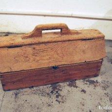 Antigüedades: ANTIGUA CAJA DE HERRAMIENTAS DE PINTOR AÑOS 50. Lote 99052183