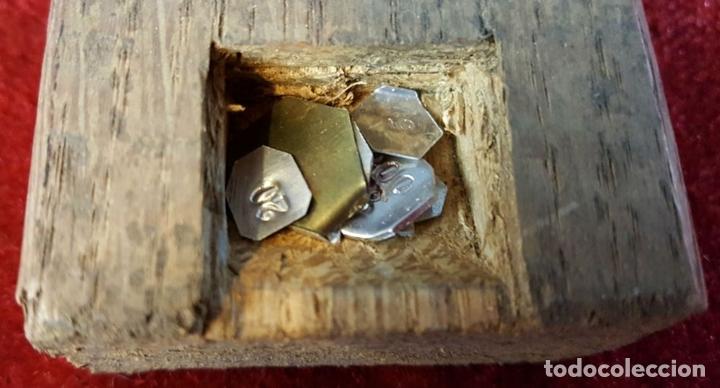 Antigüedades: CONVOY DE PONDERALES. BRONCE Y METAL. VARIOS PESOS. SIGLO XIX-XX. - Foto 4 - 99153167