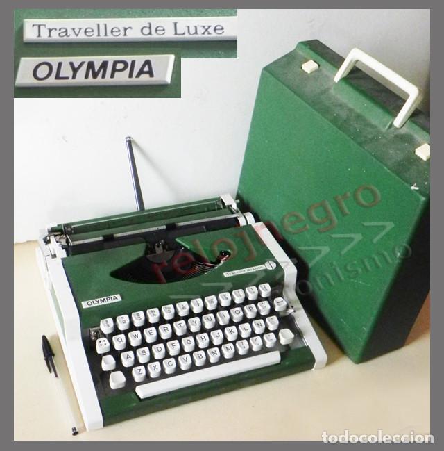 MÁQUINA ESCRIBIR OLYMPIA TRAVELLER DE LUXE CON FUNDA - VERDE Y BLANCA - VINTAGE RETRO -MÁS EN VENTA (Antigüedades - Técnicas - Máquinas de Escribir Antiguas - Olympia)