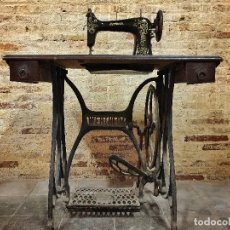Antigüedades: MAQUINA DE COSER WERTHEIM. Lote 99435955