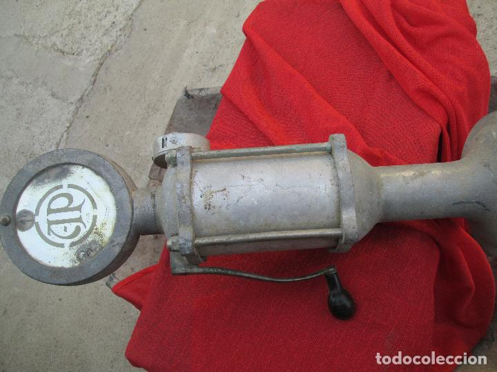 Antigüedades: bonba espendedora de aceite - Foto 5 - 98891607