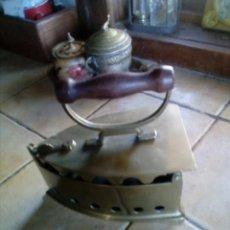Antigüedades: PLANCHA DE BRONCE DE CARBON. Lote 99557071