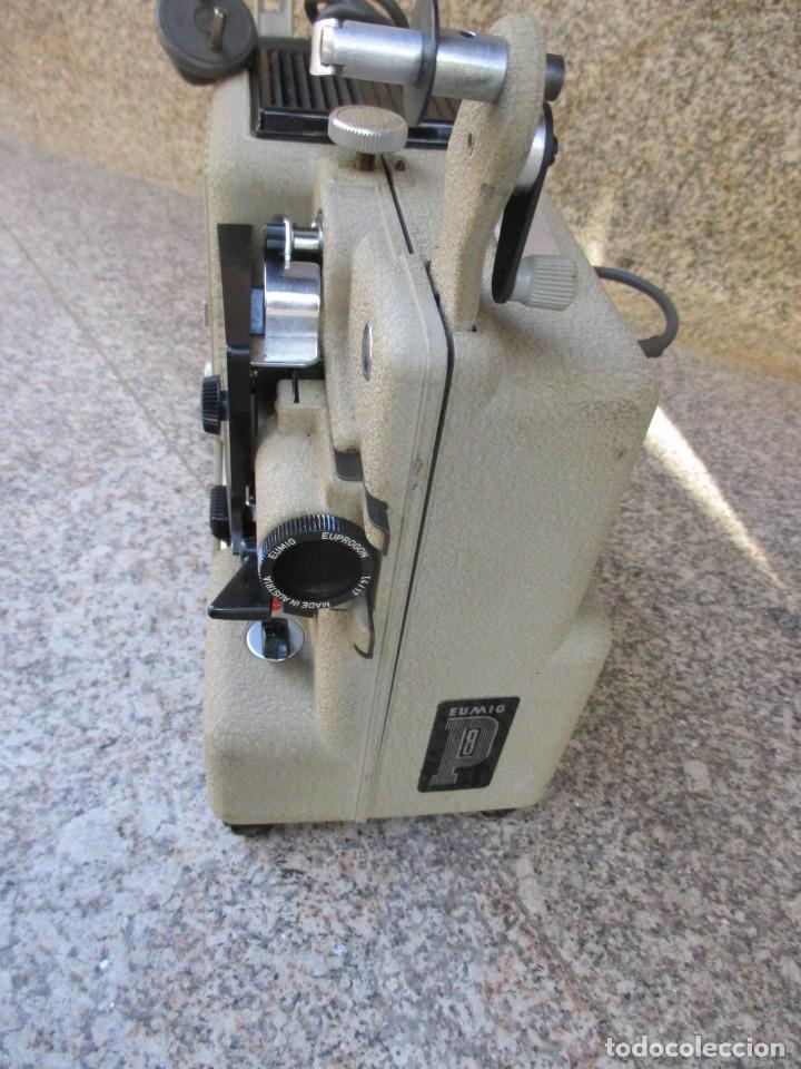 Antigüedades: PROYECTOR MODELO ' EUMIG P8 ' AUSTRIA HACIA 1950/60 - CARECE LAMPARA, PROBADO, INC CAJA + INFO - Foto 5 - 99985931