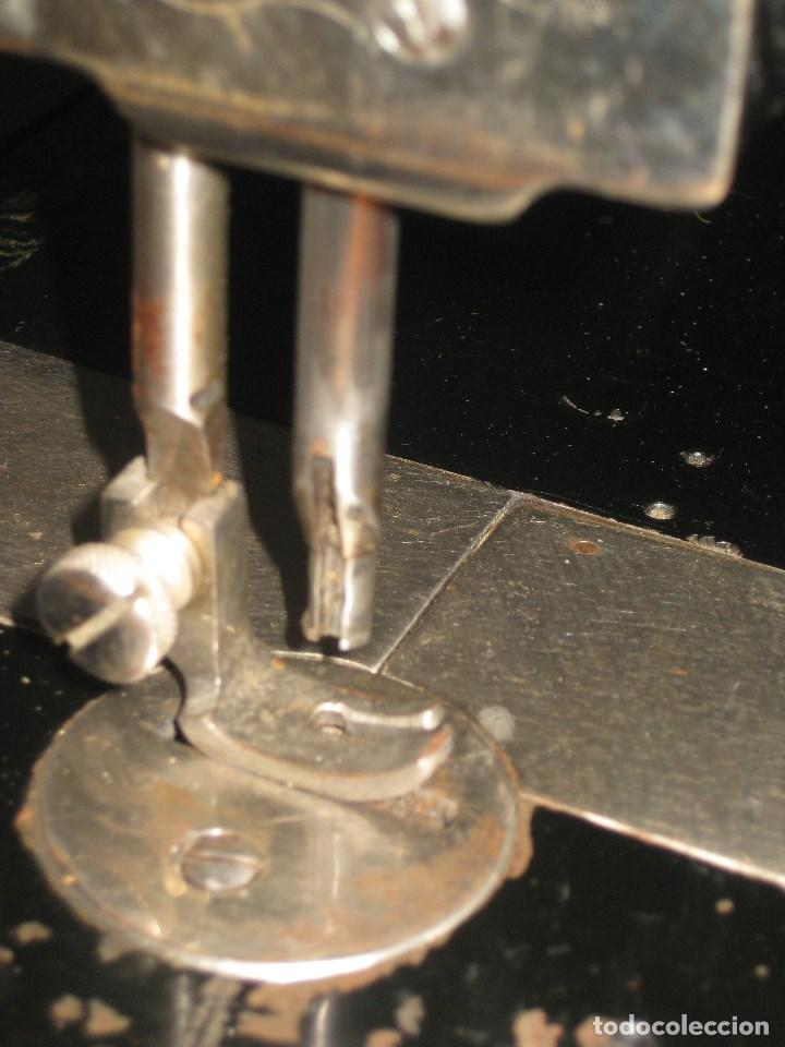 Antigüedades: Antigua maquina de coser Wertheim - Foto 8 - 100035151
