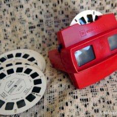 Antigüedades: VISOR DE DIAPOSITIVAS VIEW MASTER 3D, 33 DISQUETS. Lote 100241123