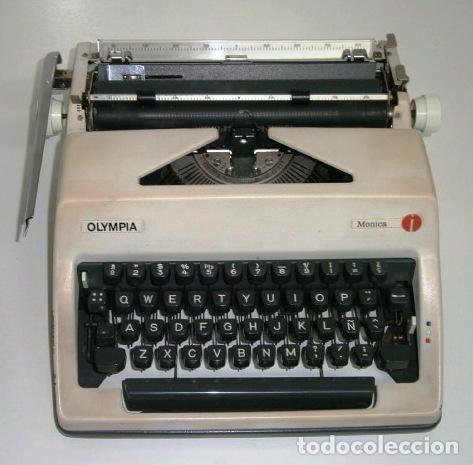 Antigüedades: Máquina de escribir de la marca Olympia, modelo Mónica en su estuche original - Foto 8 - 53848120