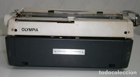 Antigüedades: Máquina de escribir de la marca Olympia, modelo Mónica en su estuche original - Foto 12 - 53848120