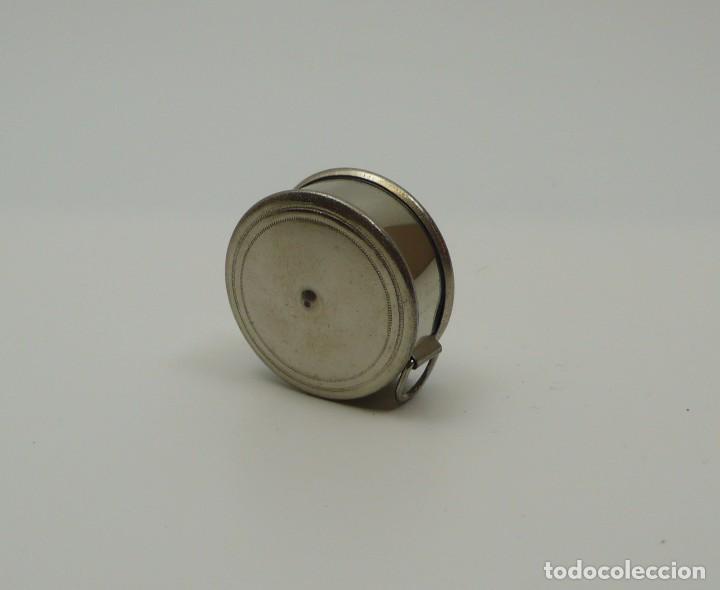Antigüedades: Cinta métrica de metal cromado y celuloide con publicidad - Reclame Rollmass Alemania- años 30 - Foto 3 - 100753827