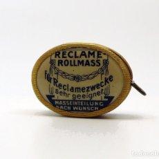 Antiquitäten - Cinta métrica de metal cromado y celuloide con publicidad - Reclame Rollmass Alemania- años 30 - 100754263