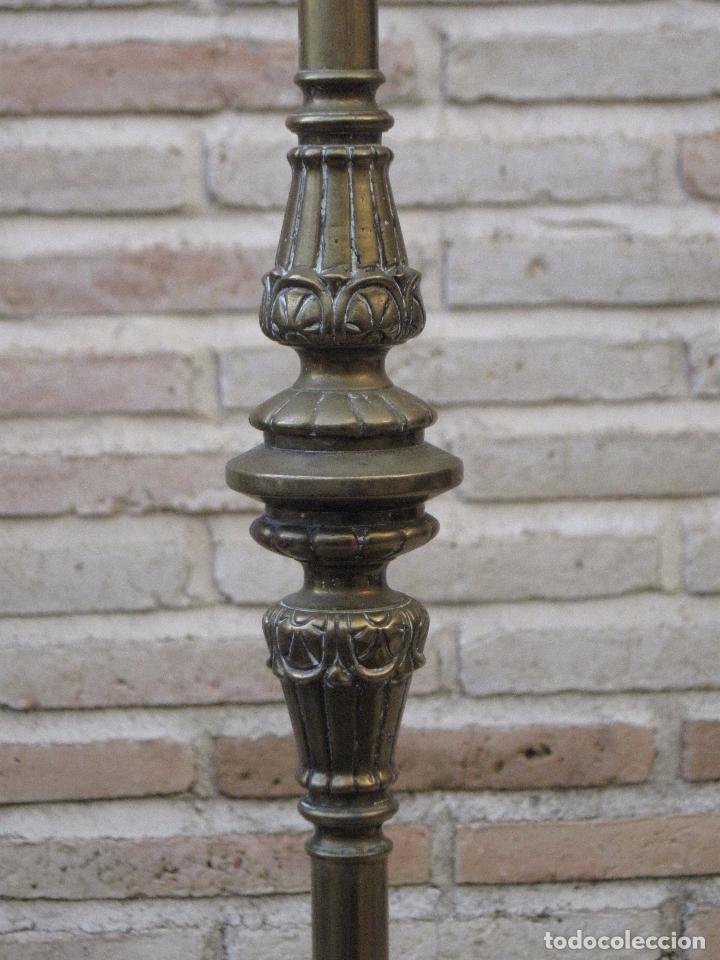 Antigüedades: HACHON ANTIGUO REALIZADO EN HIERRO FORJADO Y BALAUSTRE DE BRONCE. - Foto 6 - 100982951