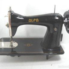 Antigüedades: ANTIGUA MAQUINA COSER - ALFA EIBAR ESPAÑA S.A.¡¡PERFECTA¡¡ AÑOS 50. Lote 101058983