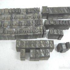 Antigüedades: LOTE LETRAS IMPRENTA PLOMO - 2.4 KGS - 2.5 MM - LETRA NUMEROS CARACTERES. Lote 101063067