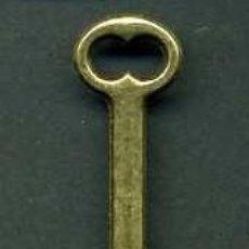 Antigüedades: LLAVE ANTIGUA DE BRONCE - MIDE 3,5 X 1,3 CENTIMETROS Y PESA 1,55 GRAMOS - Nº181. Lote 101125463