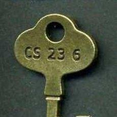 Antigüedades: LLAVE ANTIGUA DE BRONCE - MIDE 4 X 2,2 CENTIMETROS Y PESA 2,81 GRAMOS - Nº193. Lote 101126599