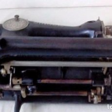 Antigüedades: PRECIOSA MAQUINA DE COSER SINGER. Lote 101144371