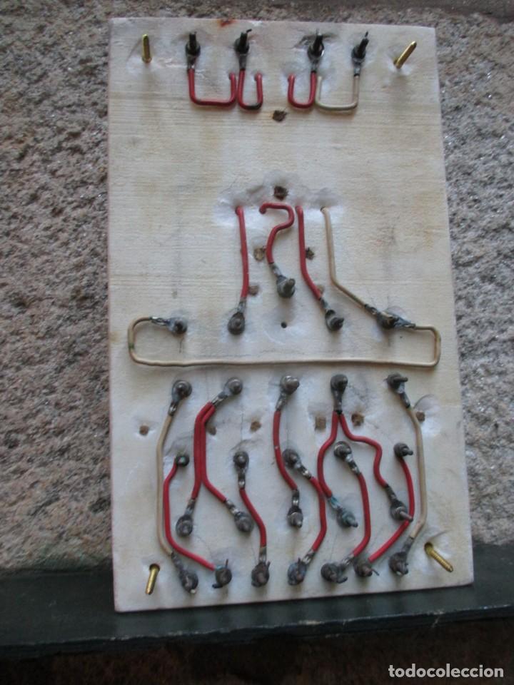 Antigüedades: ANTIGUO CUADRO ELECTRICO FABRIL DE PARED EN MARMOL, BAKELITA Y PORCELANA 42*25CM HACIA 1940 + INFO - Foto 5 - 101405371