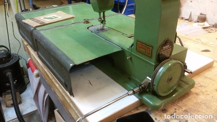 Antigüedades: Máquina coser ELNA - Foto 4 - 101468263
