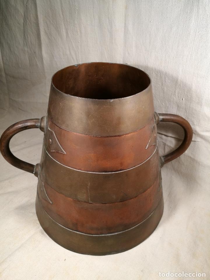 Antigüedades: GRAN MESURA-MEDIDA DE GRANO, SELLA BALDE AÑO 1900.EN COBRE Y LATON CELEMIN-CUARTERA-FANEGA - Foto 4 - 101469203