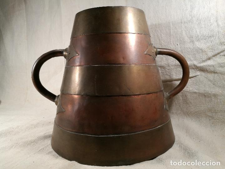 Antigüedades: GRAN MESURA-MEDIDA DE GRANO, SELLA BALDE AÑO 1900.EN COBRE Y LATON CELEMIN-CUARTERA-FANEGA - Foto 7 - 101469203