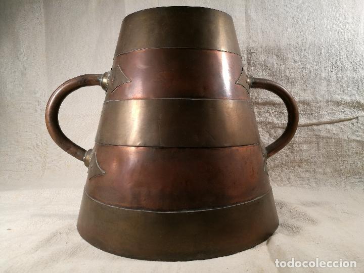 Antigüedades: GRAN MESURA-MEDIDA DE GRANO, SELLA BALDE AÑO 1900.EN COBRE Y LATON CELEMIN-CUARTERA-FANEGA - Foto 17 - 101469203