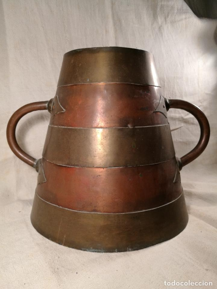 Antigüedades: GRAN MESURA-MEDIDA DE GRANO, SELLA BALDE AÑO 1900.EN COBRE Y LATON CELEMIN-CUARTERA-FANEGA - Foto 36 - 101469203