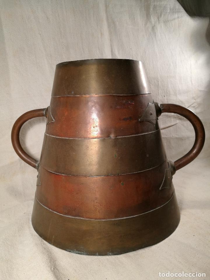 Antigüedades: GRAN MESURA-MEDIDA DE GRANO, SELLA BALDE AÑO 1900.EN COBRE Y LATON CELEMIN-CUARTERA-FANEGA - Foto 38 - 101469203