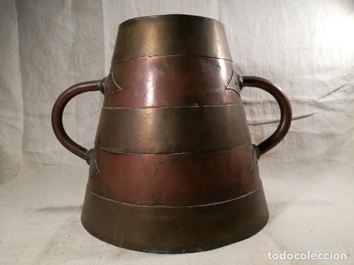 Antigüedades: GRAN MESURA-MEDIDA DE GRANO, SELLA BALDE AÑO 1900.EN COBRE Y LATON CELEMIN-CUARTERA-FANEGA - Foto 40 - 101469203