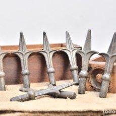 Antigüedades: PUNTAS DE LANZA PARA VERJA O REJAS - ADORNO HIERRO FORJADO EN PUNTA DE FLOR ADORNO REJA FORJA. Lote 125209703