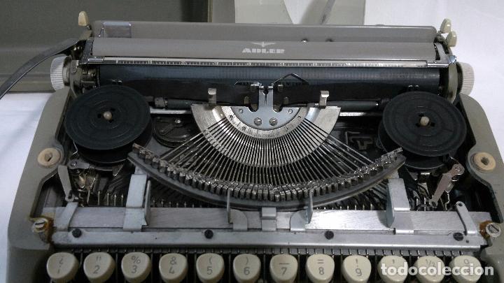 Antigüedades: ANTIGUA MAQUINA DE ESCRIBIR ALEMANA,- MARCA ADLER, MODELO TIPPA 1 CIRCA 1950-1960 - Foto 10 - 29376150
