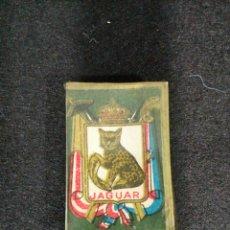Antigüedades: CAJA DE CUCHILLAS AFEITAR ANTIGUAS JAGUAR KRON-VEST ACANALADA CON TIMBRE DE ADUANAS. Lote 101907899