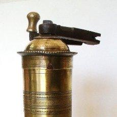 Antigüedades: ANTIGUO MOLINILLO OTOMANO DE CAFÉ, DE VIAJE. CA. 1900. Lote 102016463