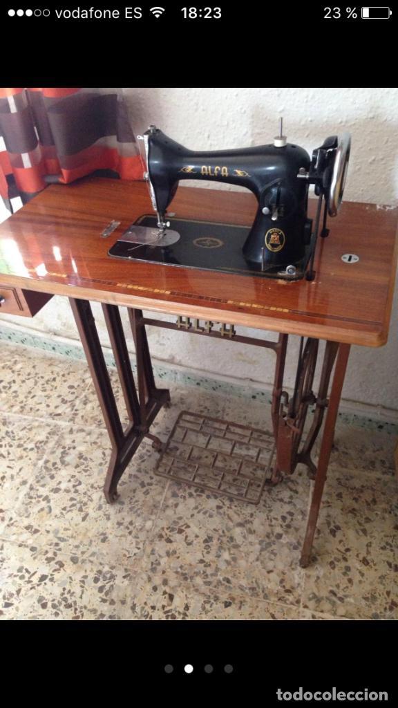 Antigüedades: Máquina de coser ALFA años 50 - Foto 2 - 102107279