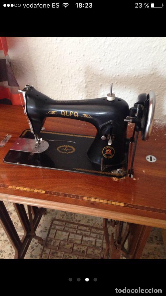 Antigüedades: Máquina de coser ALFA años 50 - Foto 3 - 102107279