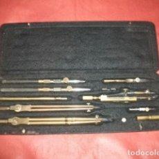 Antigüedades - CAJA DE COMPÁS COMPASES ALEMANES RIEFLER (11 ELEMENTOS) - 102385871