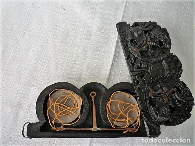 Antigüedades: BALANZA - ANTIGUA CAJA DE MADERA LABRADA PARA BASCULA - - Foto 10 - 102483319