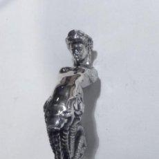 Antigüedades: TIRADOR CON FORMA DE SIRENA. Lote 102528687