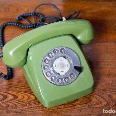 Teléfonos: TELÉFONO POST FOTAP VERDE ALEMÁN. PÁTINA ORIGINAL. Lote 102799922